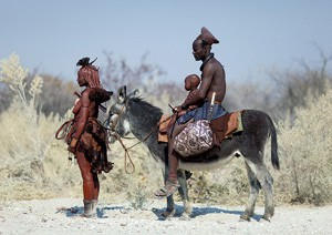 Famille himba dans le sud de l'Angola
