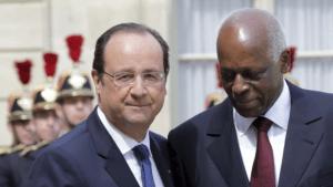Le président Hollande et le président Dos Santos, en visite en France le 29 avril 2014