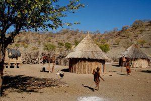Villages au portes du désert du Kalahari