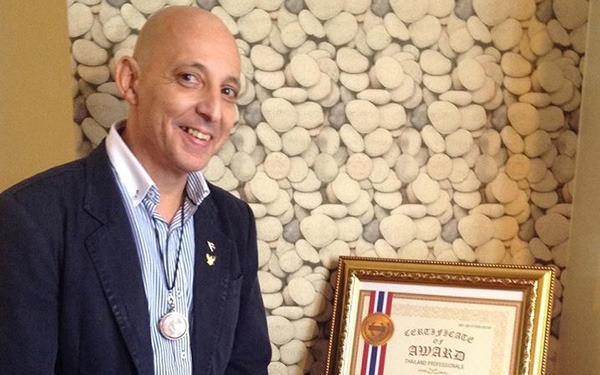Dr Luis Filipe