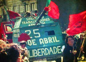 Portugal, 25 avril 1974 Révolution des Oeillets