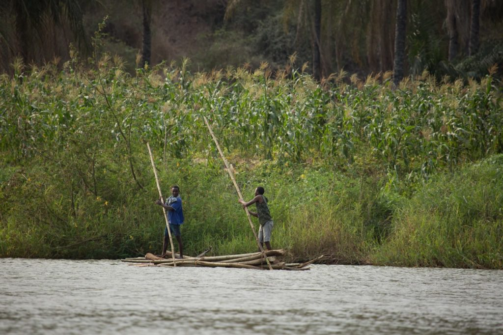 O outro lado do rio - Breno Luckano